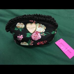 NWT Betsey Johnson Floral Ruffle Zip Pouch